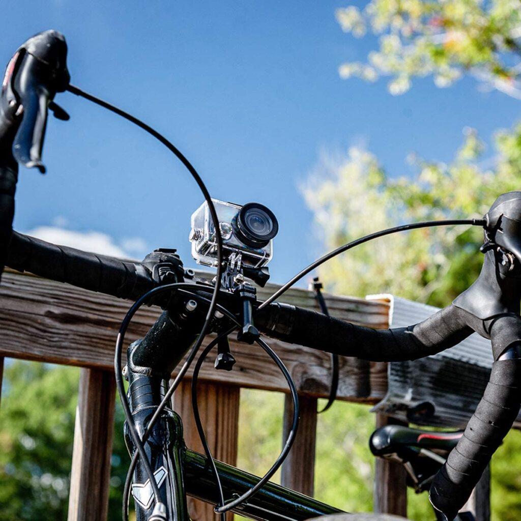 Cámara de acción con soporte para bici
